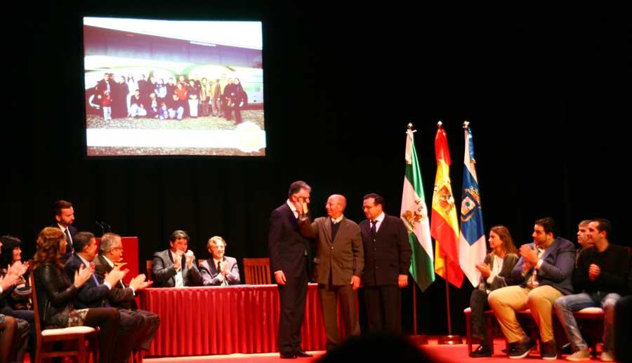 Autocares Rodríguez Gómez recibe el premio Huelva-Junta